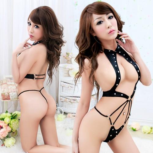 情趣用品-誘惑晨曦 SM女王派對 扮裝PARTY黑色仿皮錨釘狂野連身衣
