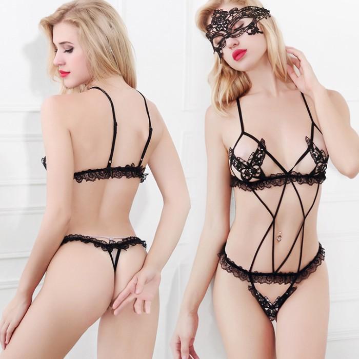情趣用品-絕美女神 性感成人露乳刺繡連體衣激情比基尼