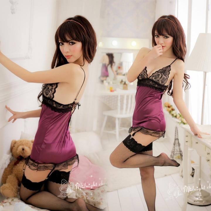 情趣用品-仙姿玉色 性感紫色蕾絲邊吊帶睡衣 露背系帶情趣內衣 絲質睡裙-二件組